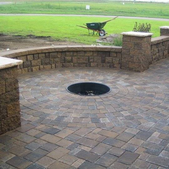 Paved Patio Design With Firepit